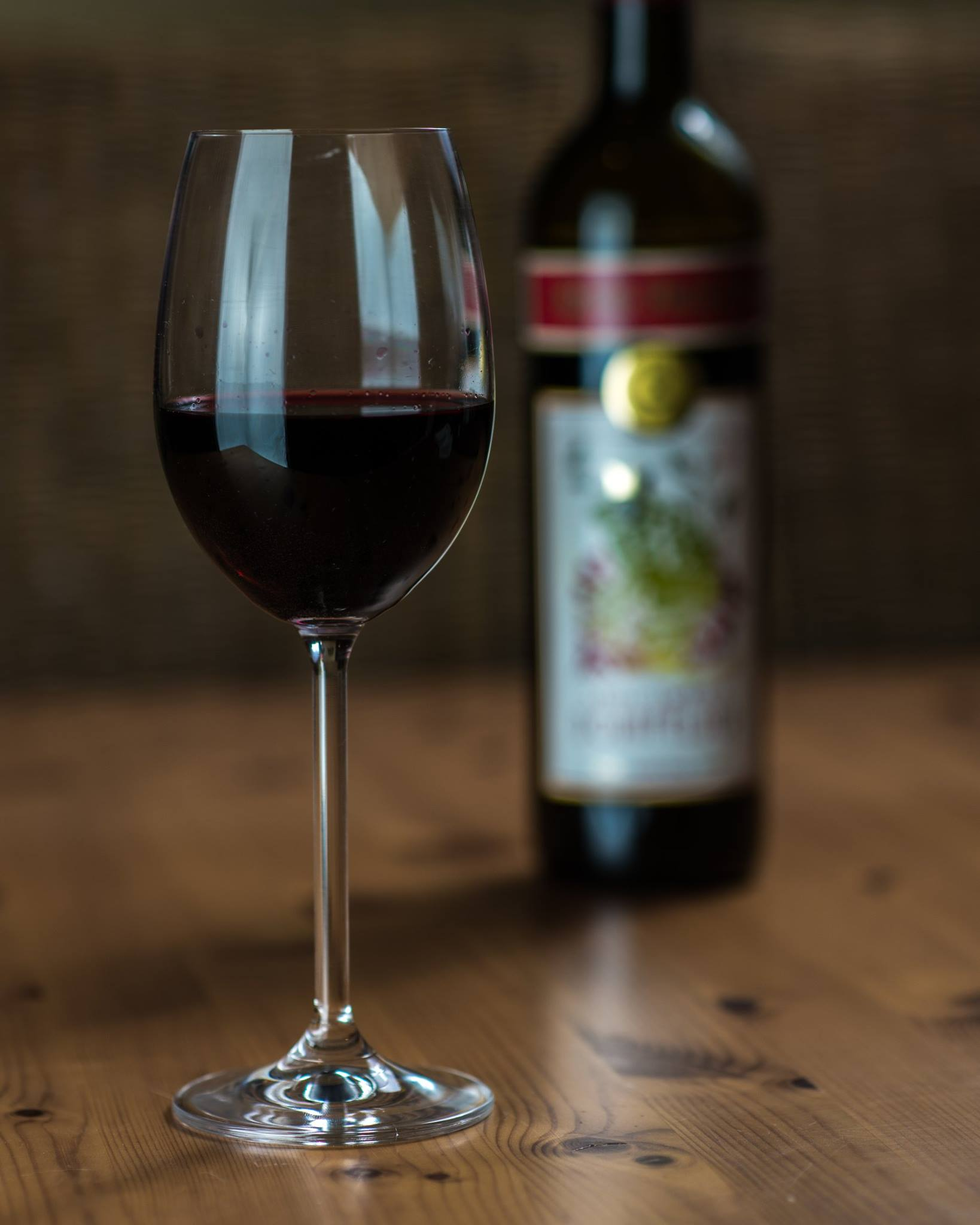 Another Reason for Wine Lovers to Toast Resveratrol images
